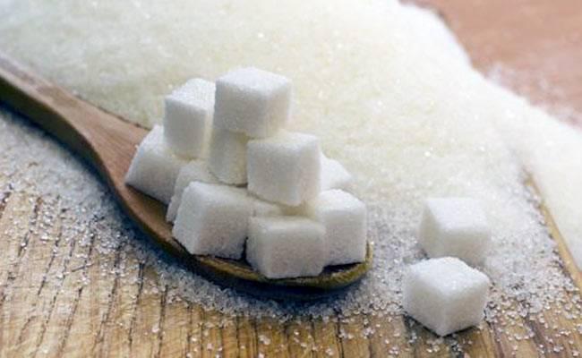 डायबिटीज़ः चीनी ज्यादा खतरनाक या सोडा? आइए जानते हैं