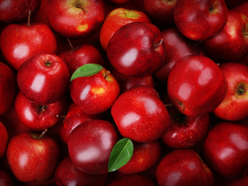 Apples - The 10 Best Summer Fruits To Keep Your Blood Sugar In Control