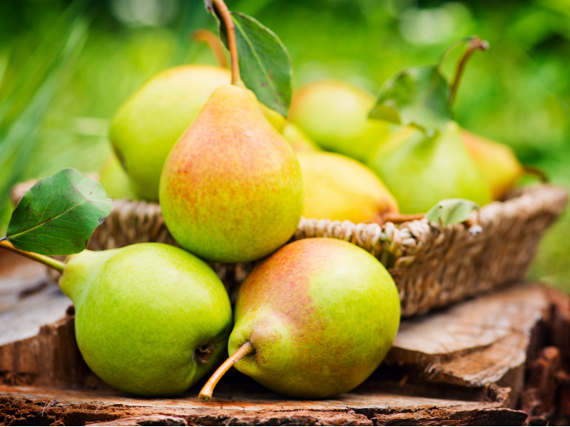 Pears - The 10 Best Summer Fruits To Keep Your Blood Sugar In Control