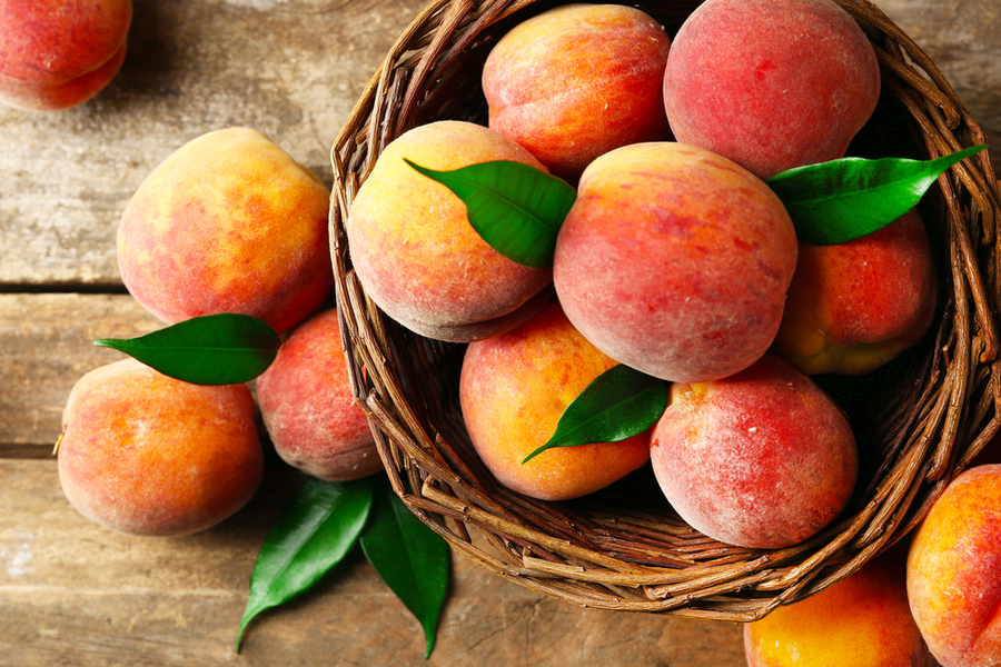 Peach - The 5 Best Rainy Season Fruits to Control Your Blood Glucose Levels